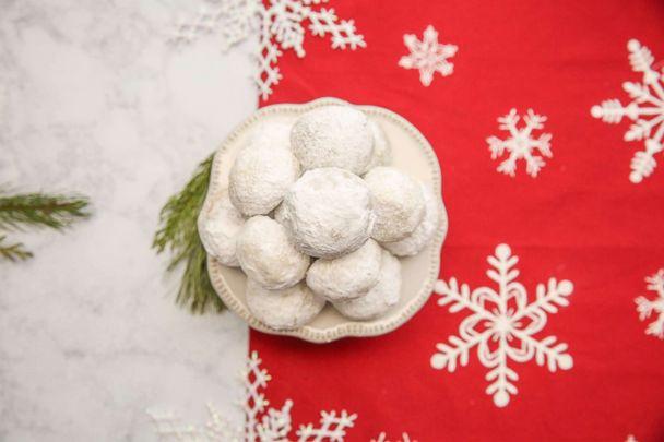 25 Days Of Cookies Make Martha Stewart Living S Chai Snowball