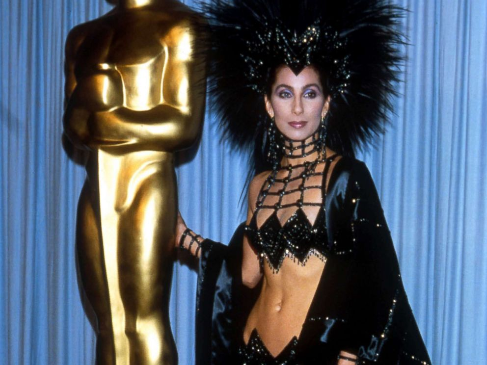 PHOTO: Cher attends the Academy Awards, March 24, 1986, in Los Angeles.