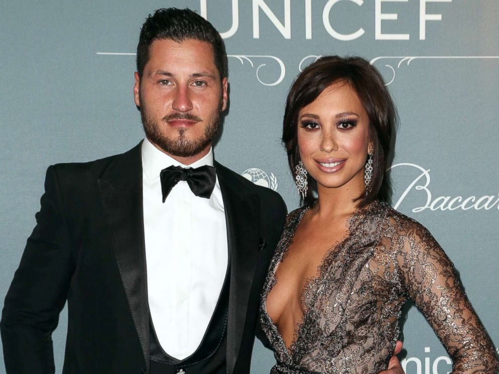 PHOTO: Val Chmerkovskiy and Cheryl Burke arrive at the 2014 UNICEF Ball at Regent Beverly Wilshire Hotel, Jan. 14, 2014, in Beverly Hills, Calif.