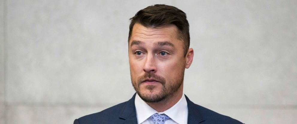 """PHOTO: Reality TV star Chris Soules, of """"The Bachelor,"""" gets up to leave the courtroom after his sentencing was delayed, May 21, 2019, in Independence, Iowa."""