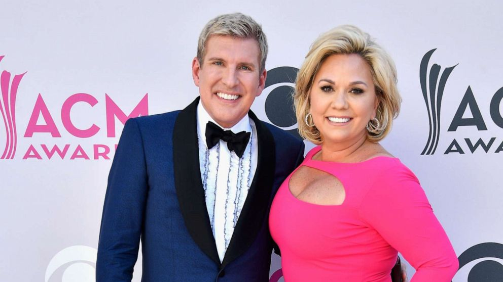 'Chrisley Knows Best' stars due in court on federal charges thumbnail