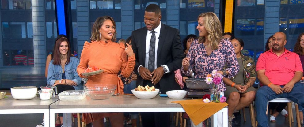 "PHOTO: Chrissy Teigen shares a recipe from her new cookbook ""Cravings: Hungry for More"" on ""Good Morning America."""