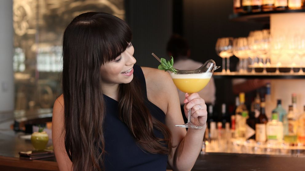 This bar makes the most Instagrammable cocktails - ABC News