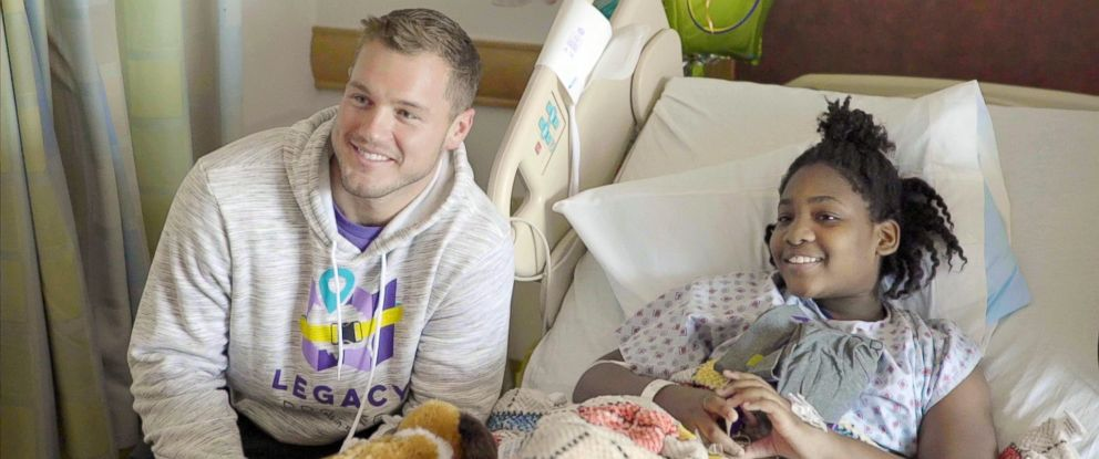 PHOTO: Bachelor Colton Underwood visits a patient at UPMC Childrens Hospital of Pittsburgh, Feb. 10, 2019.