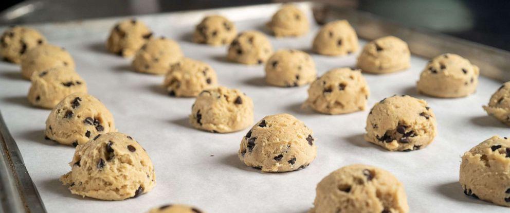 PHOTO: cookie dough
