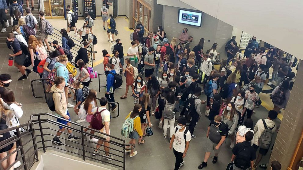 PHOTO: Students change classes during the first week of school at Sequoyah High School in Canton, Ga., Aug. 7, 2020.