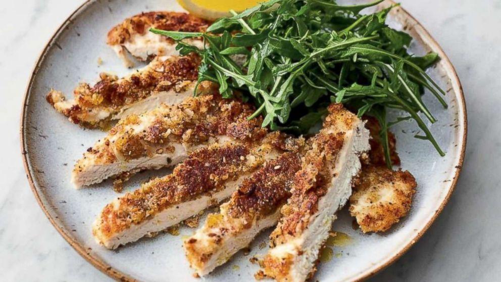 This Easy Crispy Garlicky Chicken Recipe Will Get Dinner Done In 20