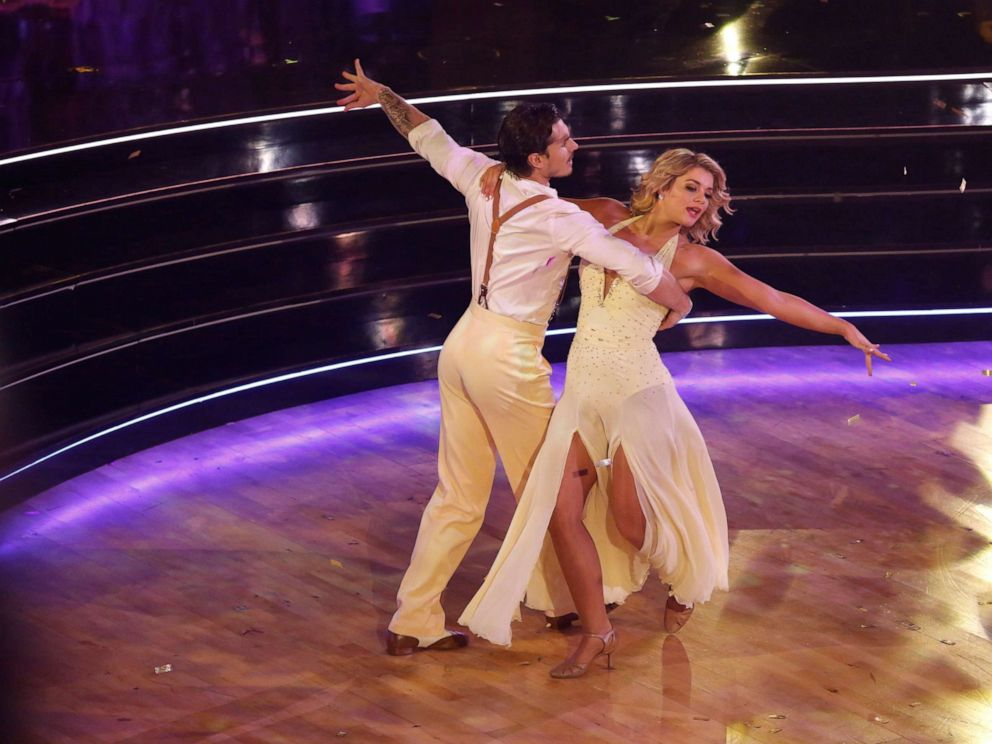 'Dancing With the Stars' champion is crowned and Bachelor Nation celebrates