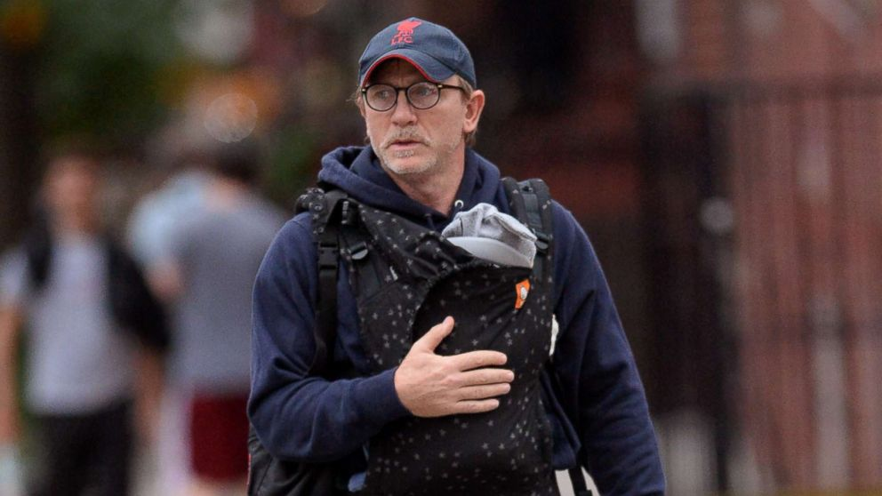 Piers Morgan Dad Shames Daniel Craig And Dads On Twitter