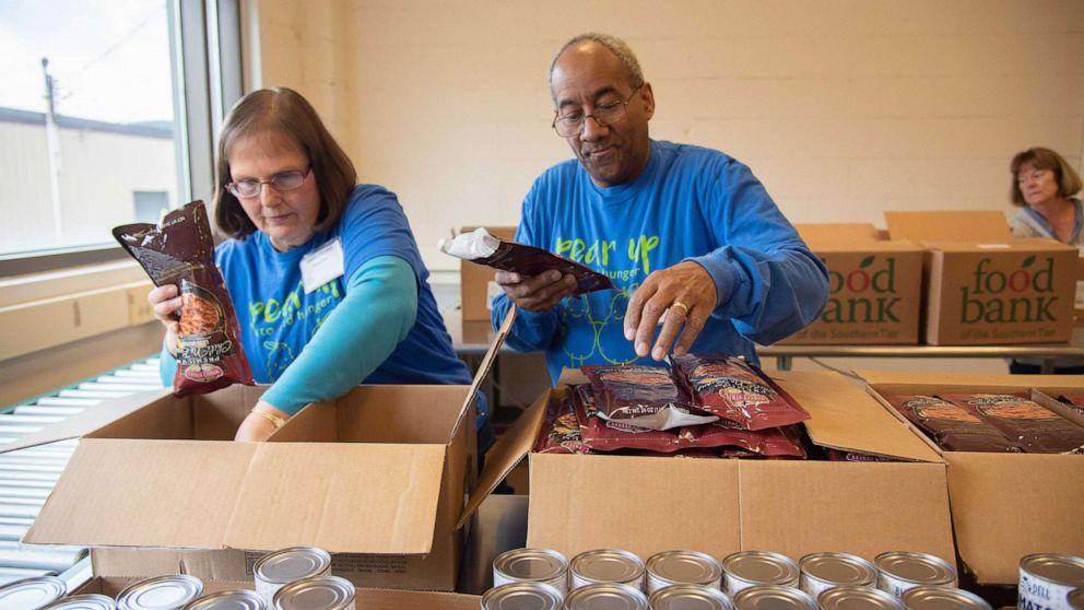 Μέρα: Πώς να βοηθήσει τις τράπεζες τροφίμων στις γραμμές του μετώπου, το COVID-19 κρίσης