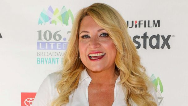 Host Delilah Attends   Lite Fms Broadway In Bryant Park Aug