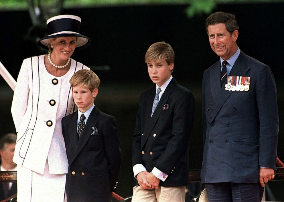 PHOTO: Princess Diana, Prince Harry, Prince William and Prince Charles attend a parade in London, August 1994.