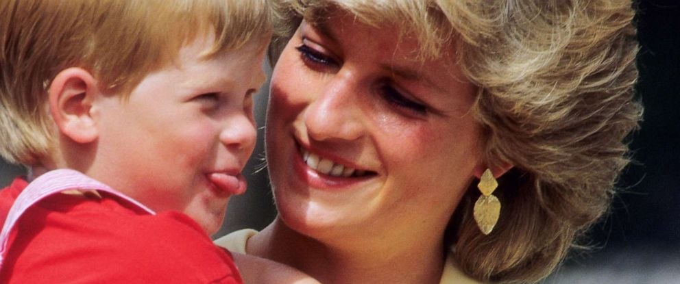 PHOTO: Diana, Princess of Wales with Prince Harry in Majorca, Spain, Aug. 10, 1987.