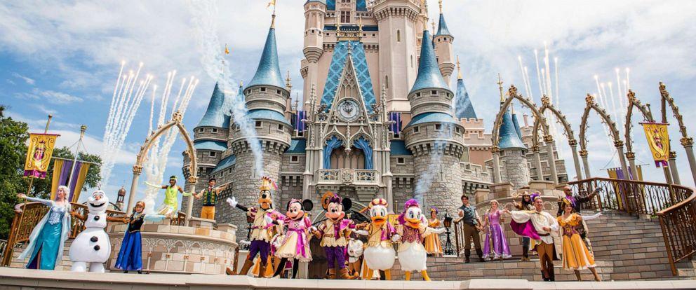 PHOTO: Walt Disney Worlds newest solar farm is more than 128 acres larger than the Magic Kingdom.