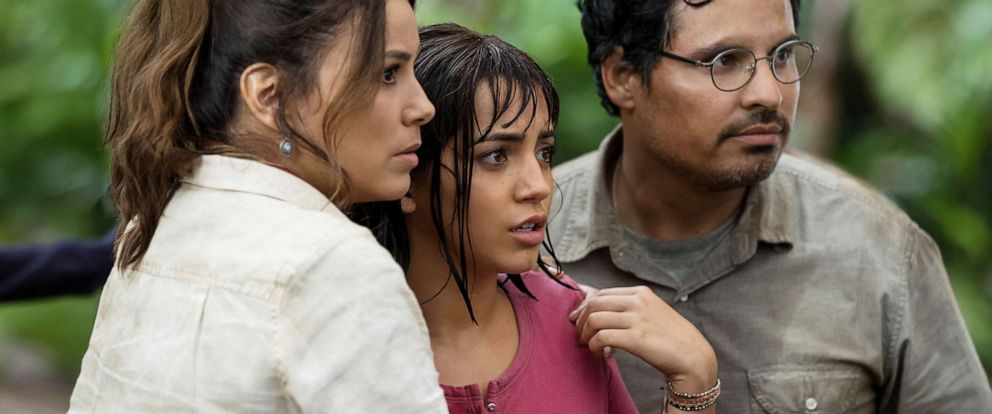 """PHOTO: Eva Longoria, Isabela Moner and Michael Pena star in Paramount Pictures 2019 film, """"Dora and the Lost City of Gold."""""""