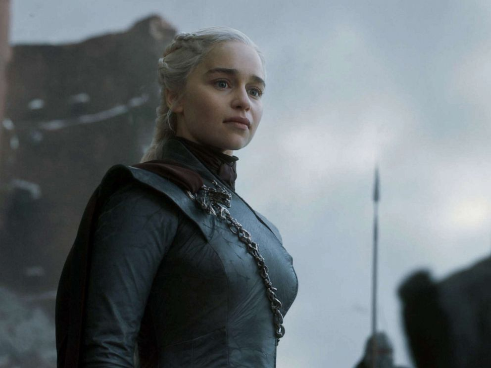 PHOTO: Emilia Clarke in the Game of Thrones.