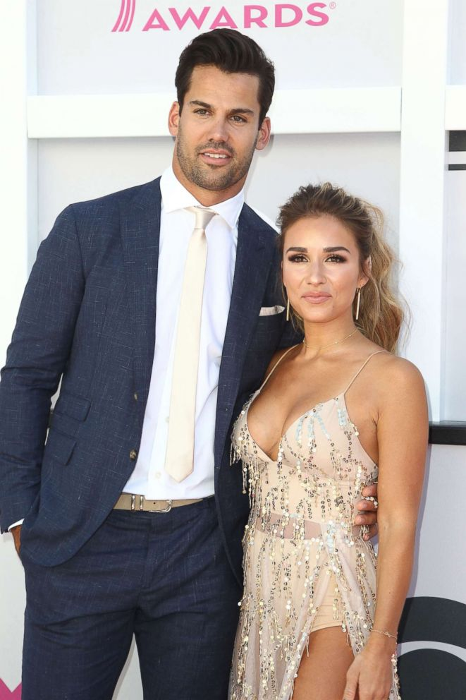 df8effde1 PHOTO  NFL player Eric Decker and singer Jessie James Decker arrive for the  52nd Academy