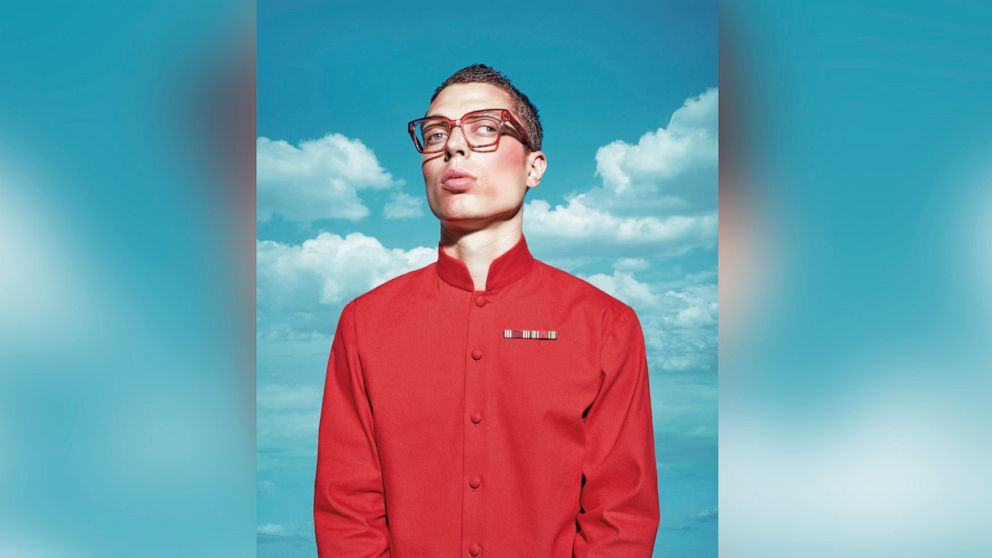 New eyewear campaign features 'unconventional' models: 'We are all imperfect'