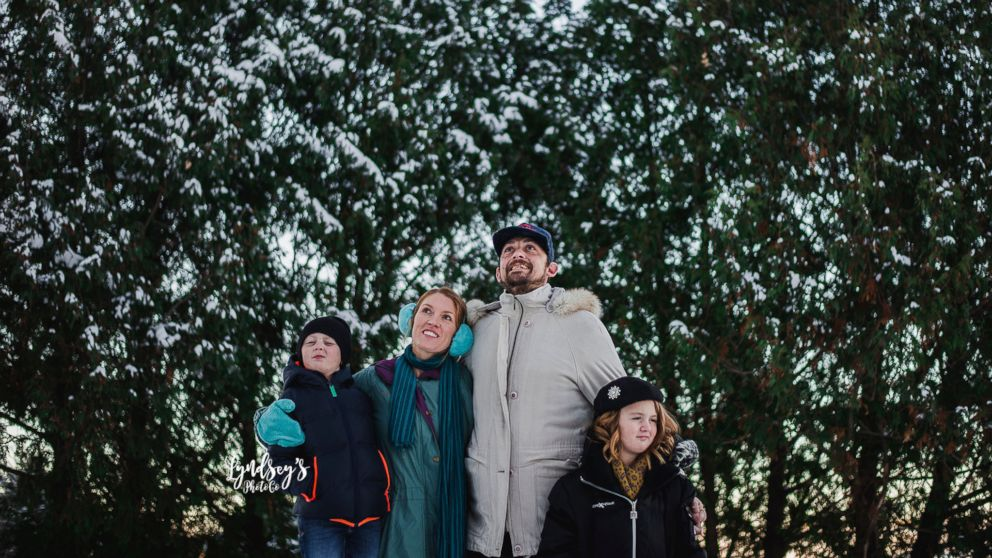 \u0027Christmas Vacation\u0027,themed photos make for a fun old,fashioned family  Christmas