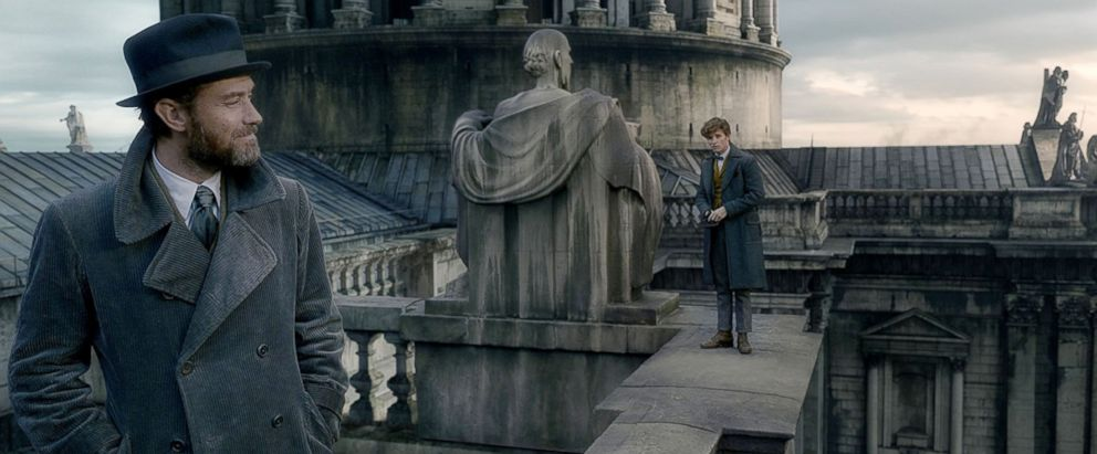 PHOTO: A scene from Fantastic Beasts: The Crimes of Grindelwald.