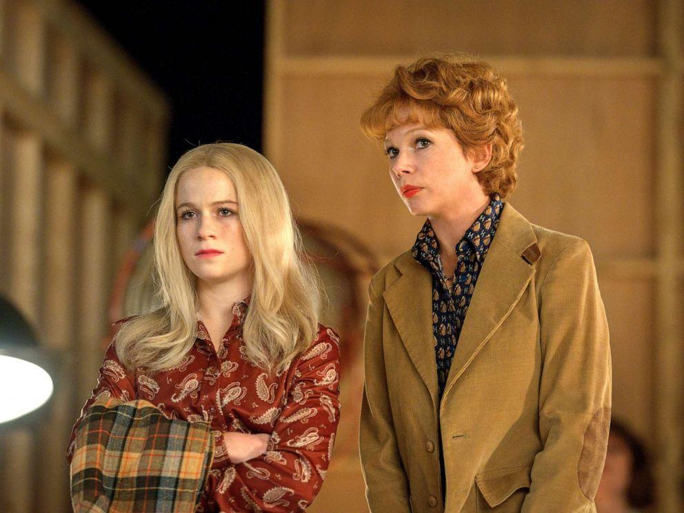 PHOTO: Juliet Brett, as Nicole Fosse, and Michelle Williams, as Gwen Verdon, in a scene from Fosse/Verdon.