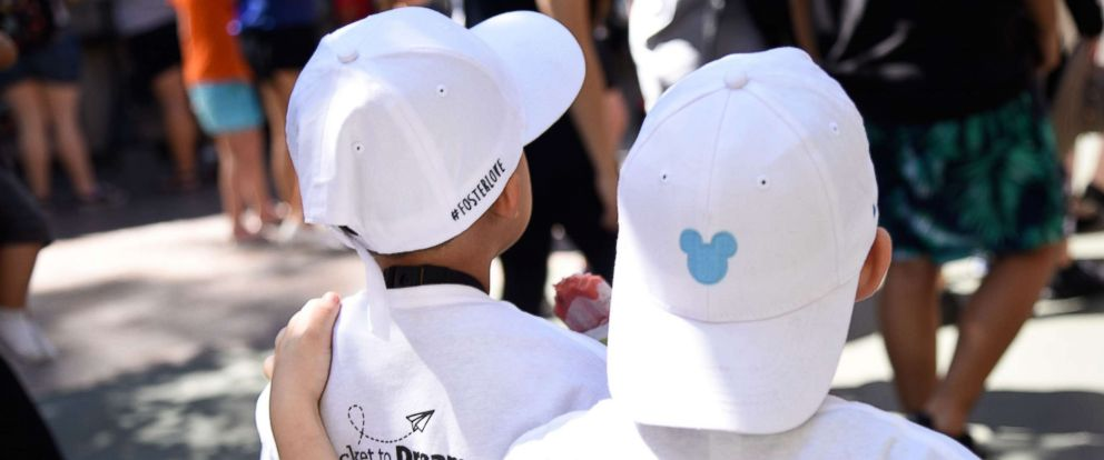 PHOTO: 350 siblings separated in foster care were reunited at Disneyland.