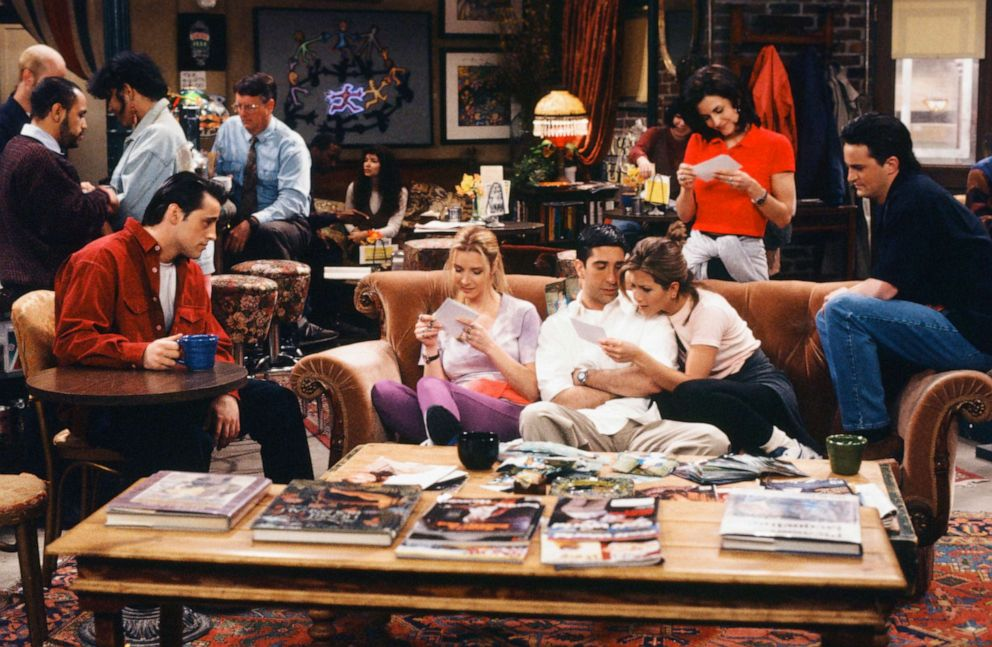 PHOTO: The cast of Friends are shown in Episode 124, The One Where Rachel Finds Out
