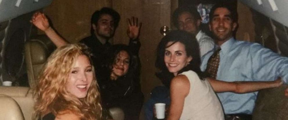 """PHOTO: Courtney Cox shared a """"Friends"""" cast throwback photo on Instagram."""
