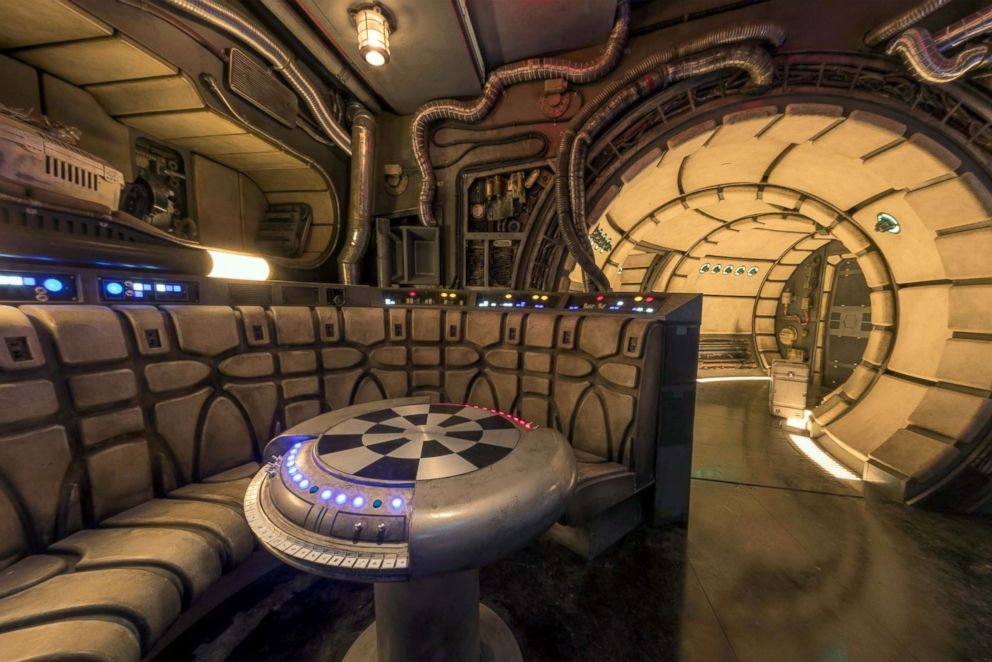 PHOTO: Smugglers Run attraction at Star Wars: Galaxys Edge
