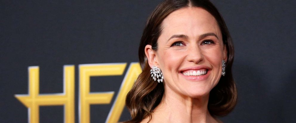 PHOTO: Jennifer Garner attends the 2019 Hollywood Film Awards in Beverly Hills, Calif., Nov. 3, 2019.
