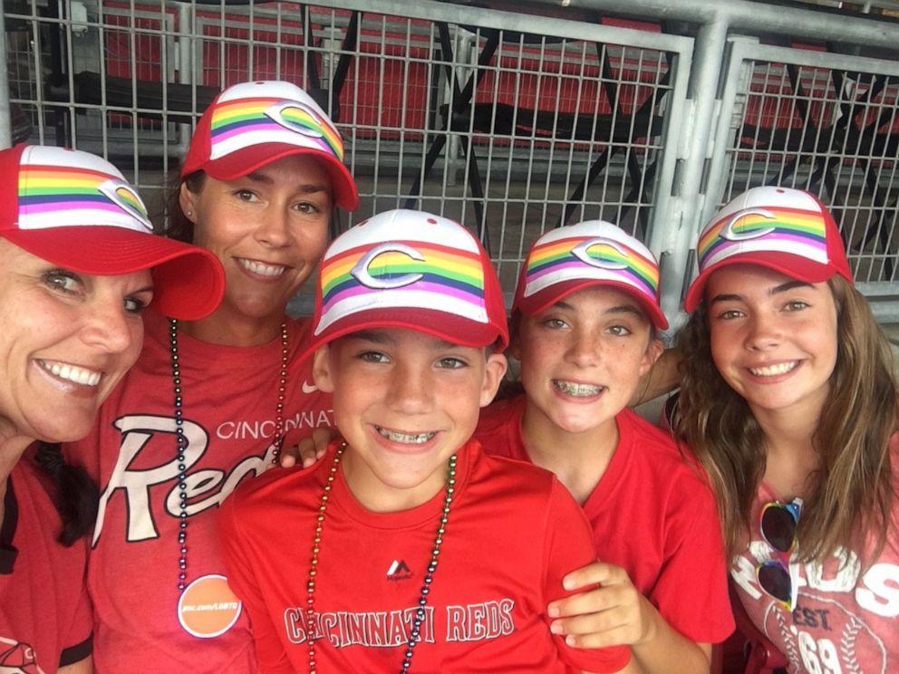 PHOTO: Dana Gendreau, far left, poses with her family in Cincinnati, Ohio