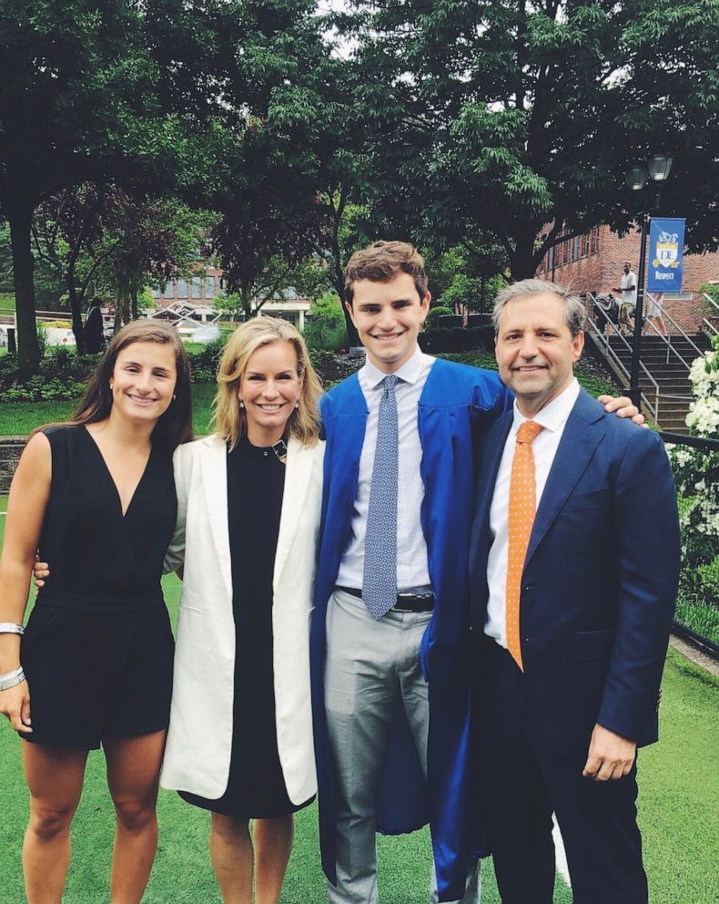 PHOTO: Jennifer Ashton family