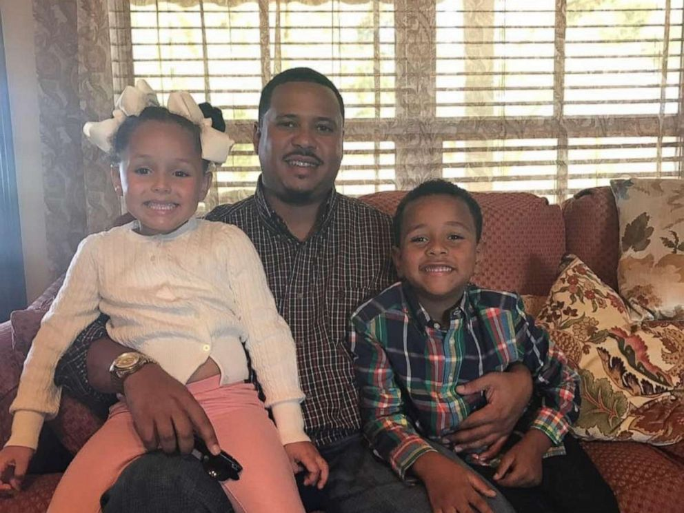 PHOTO: Eddie Lewis III poses with his children in this undated family photo.