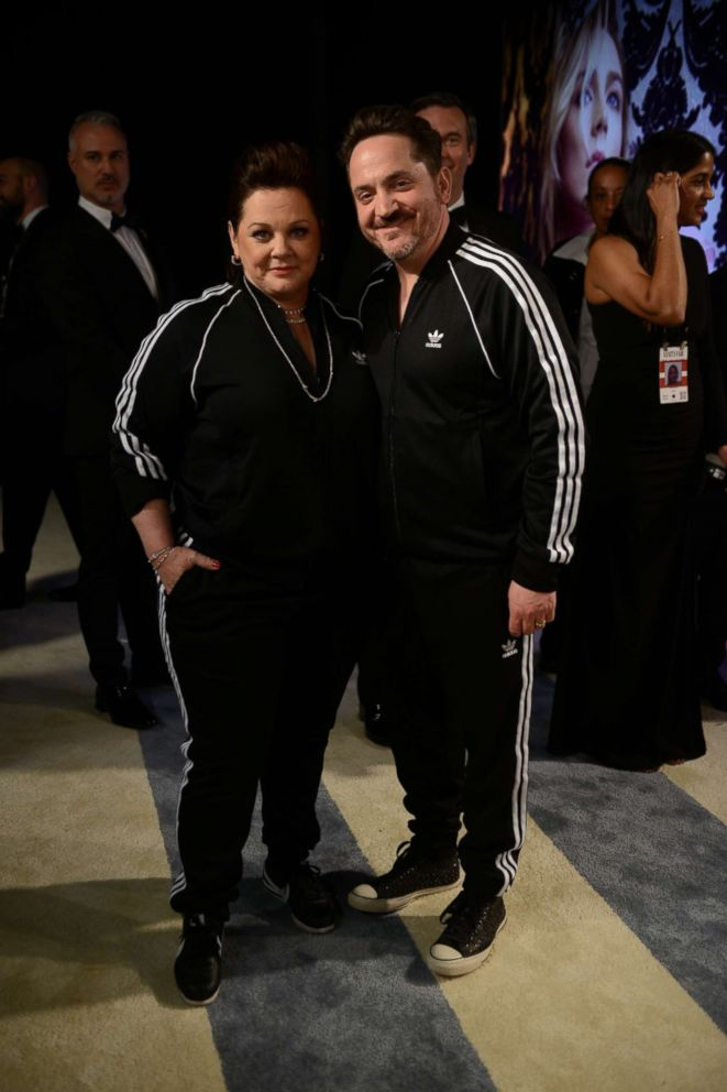 PHOTO: Melissa McCarthy and Ben Falcone pose at the 2019 Vanity Fair Oscar Party.