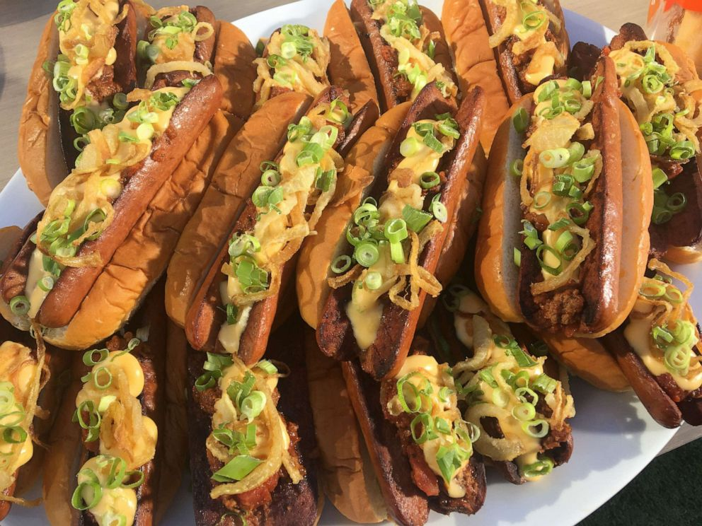 PHOTO: Chef Ryan Scott, a spokesperson for GMA sponsor Kings Hawaiian, shared his recipe for Memorial Day hot dogs.