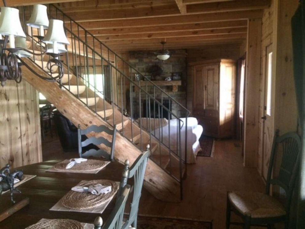 PHOTO: tony stark cabin avengers endgame