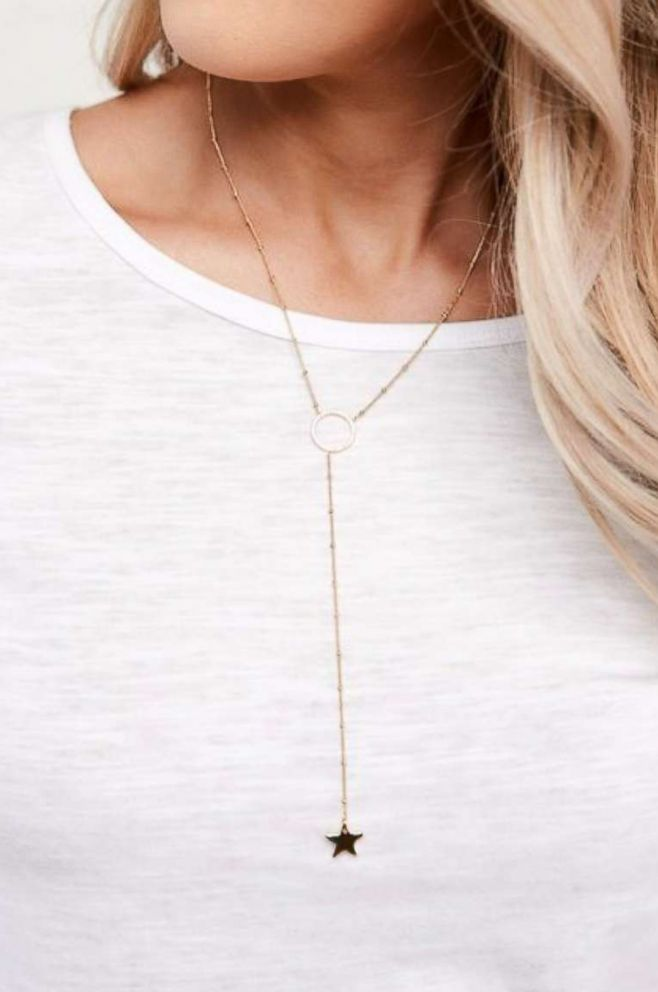 PHOTO: Stella Star Necklace in Gold