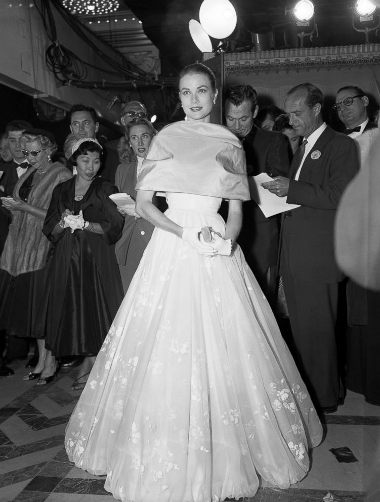 Grace Kelly attends the 28th annual Academy Awards, March 21, 1956.
