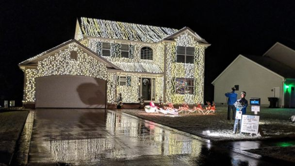 Christmas Vacation House Lights.This Family S Love For National Lampoon S Christmas