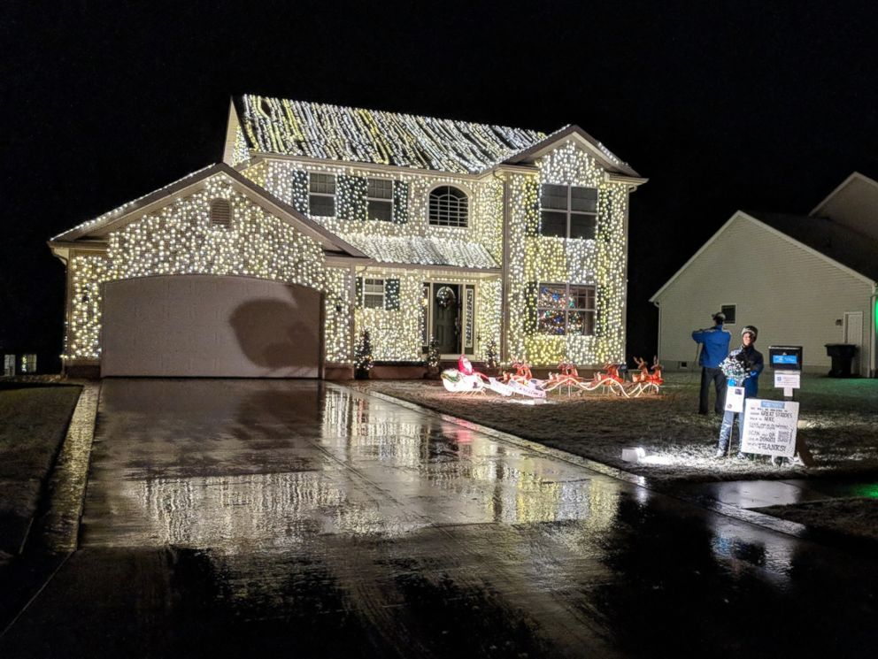 PHOTO: Greg Osterland of Wadsworth, Ohio, says he uses 25,000 lights to decorate his house each year, just like the film, National Lampoons Christmas Vacation.