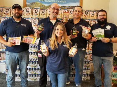 Inspiring grocery store coworkers lose over 200 pounds on keto diet | ABC News