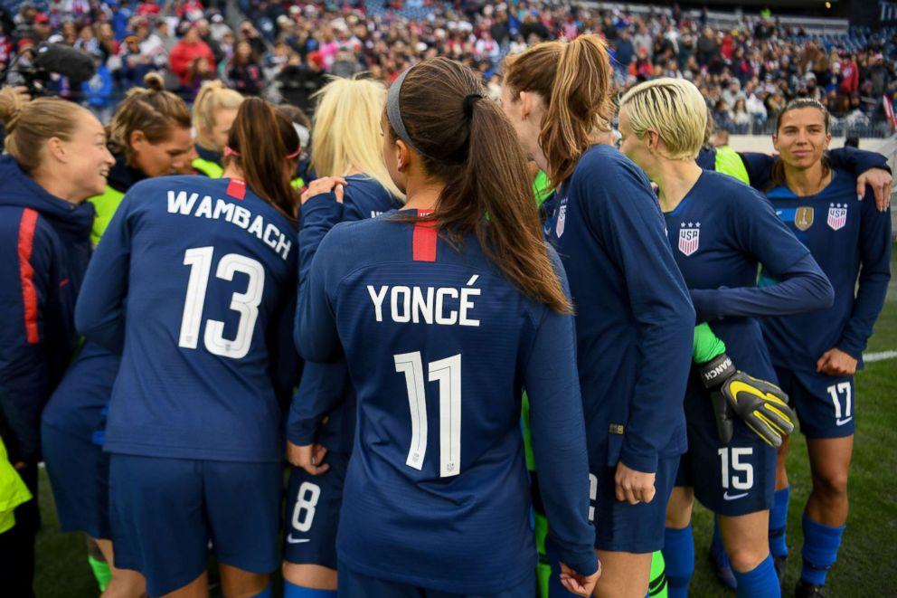Us Womens National Soccer Team Logo Ruth Bader Ginsburg to...