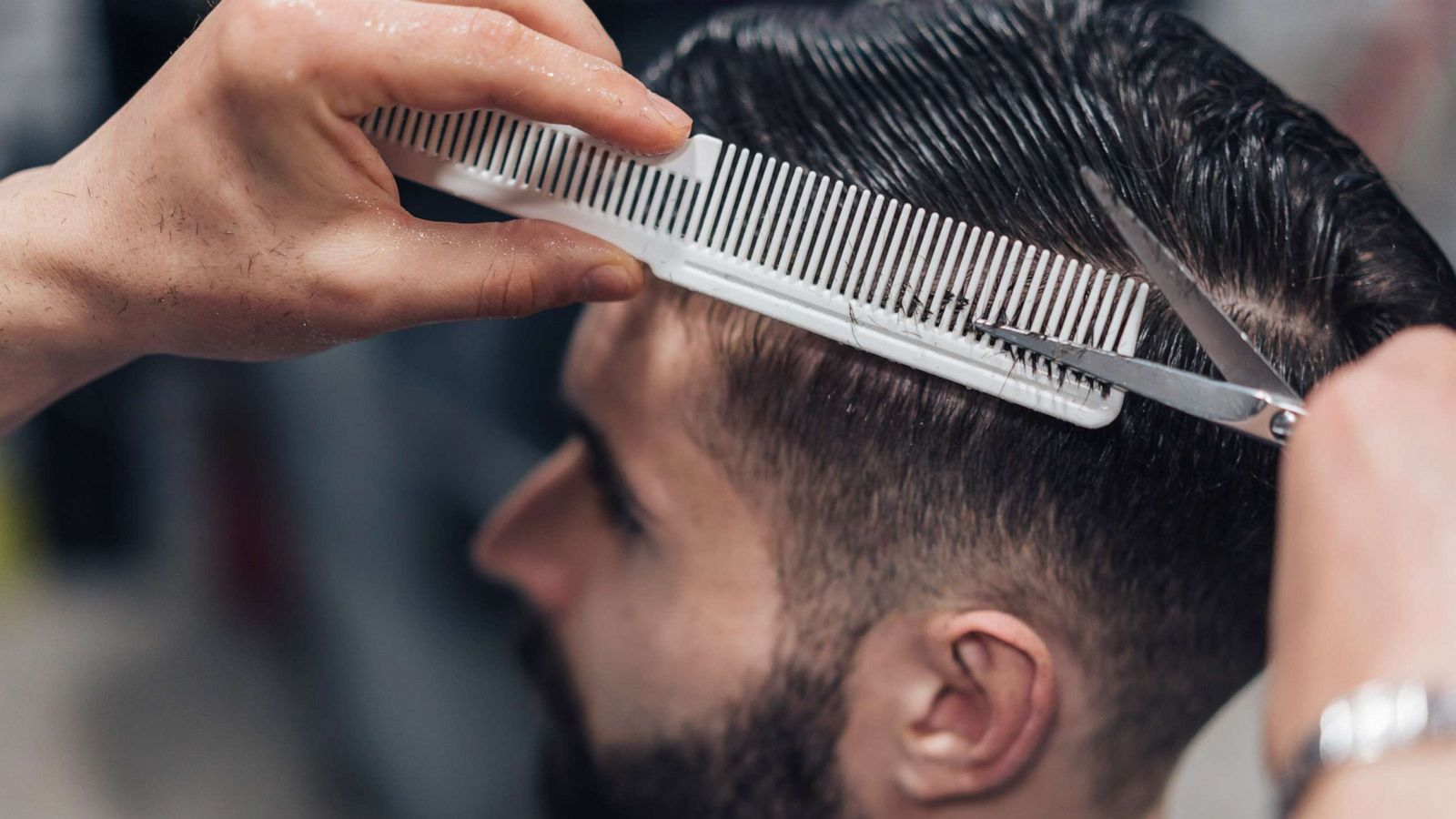 How To Cut Men S Hair From Home According To Celebrity Hairstylist Kristan Serafino Gma