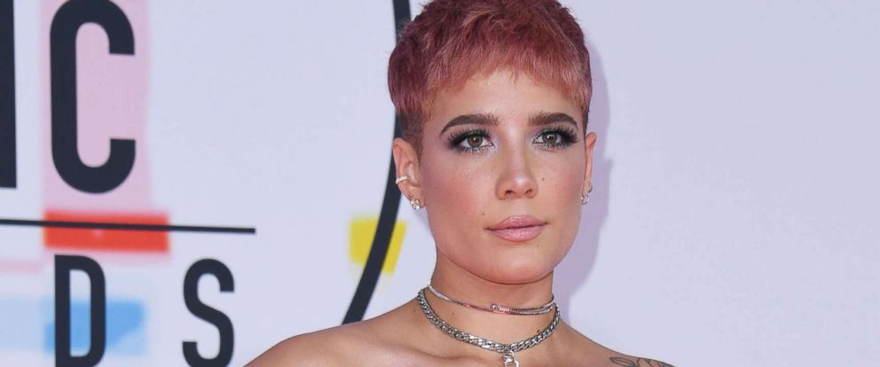 PHOTO: Halsey arrives at the 2018 American Music Awards on Oct. 9, 2018, in Los Angeles.