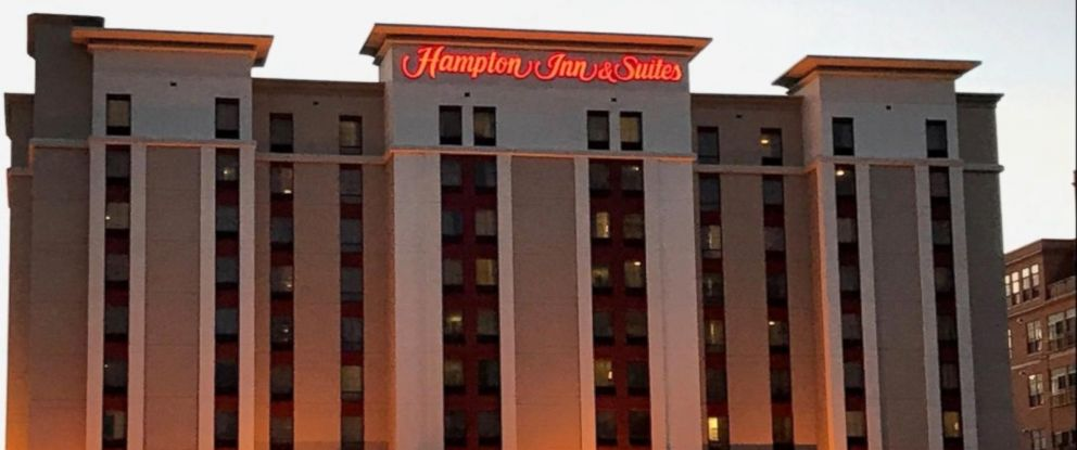 PHOTO: A Chicago woman is suing hotel operator Hilton Worldwide for $100 million.