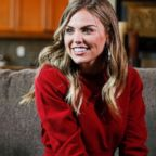 "Hanna B. meets with Colton's parents on ""The Bachelor."""