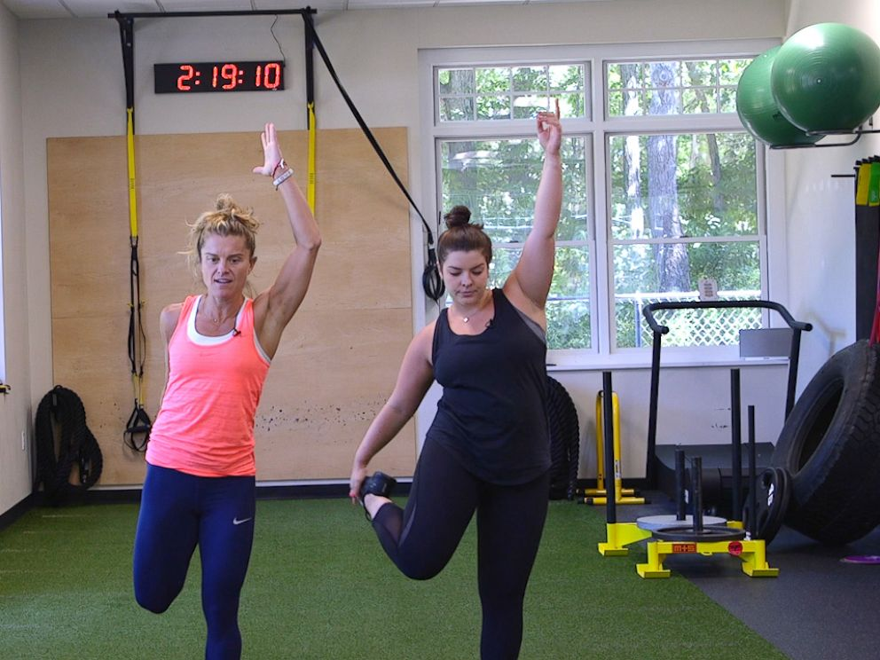 PHOTO: Holly Rilinger, left, and Julia Dodds, right, train together.