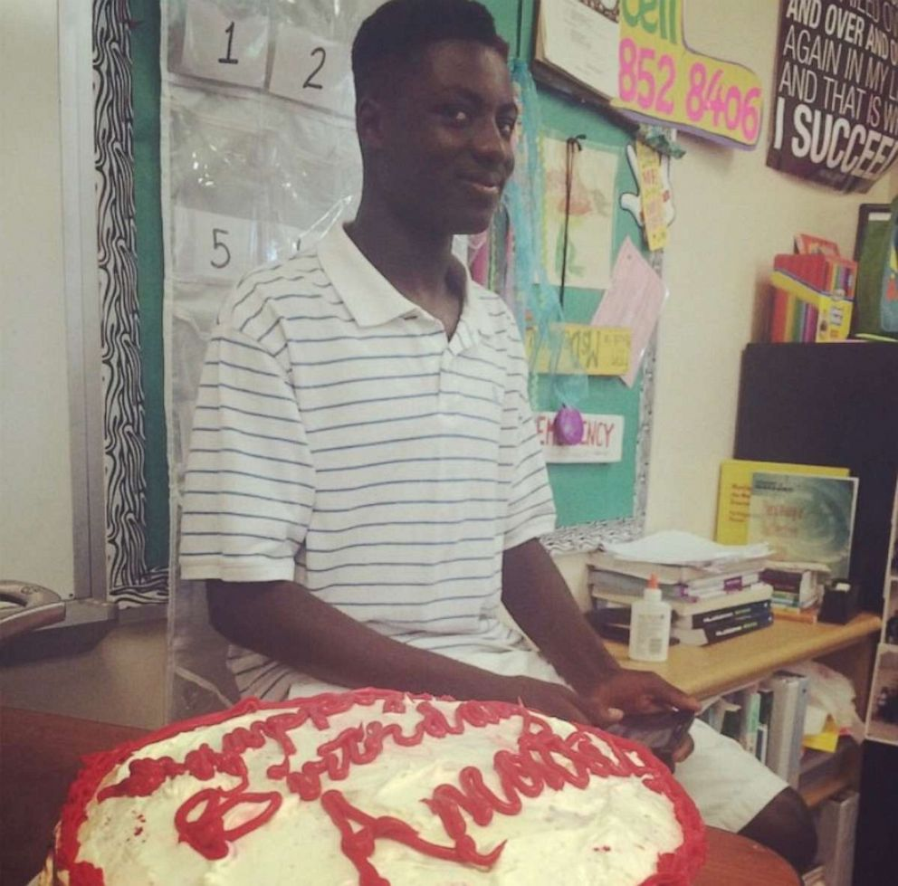 PHOTO: Amonte Green, is seen on May 6, 2015 celebrating his 16th birthday with his algebra class in Florida.