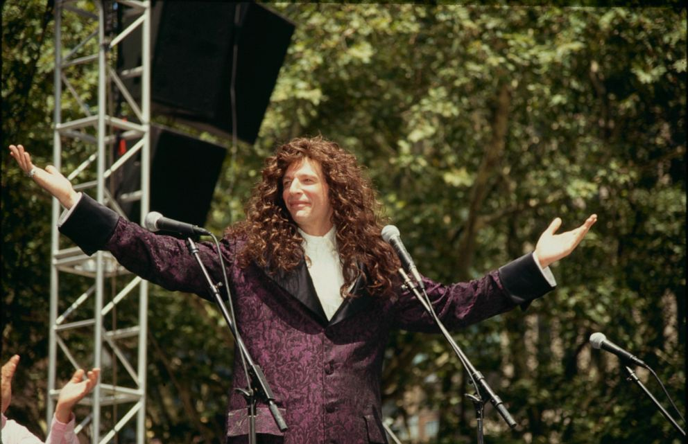 PHOTO: Howard Stern in 1990.
