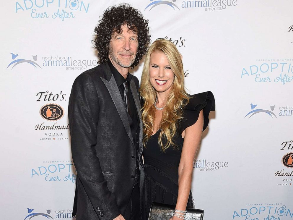 PHOTO: Howard Stern and Beth Stern attend the North Shore Animal League Americas Annual Celebrity Get Your Rescue On Gala at Pier Sixty at Chelsea Piers, Nov. 30, 2018 in New York City.